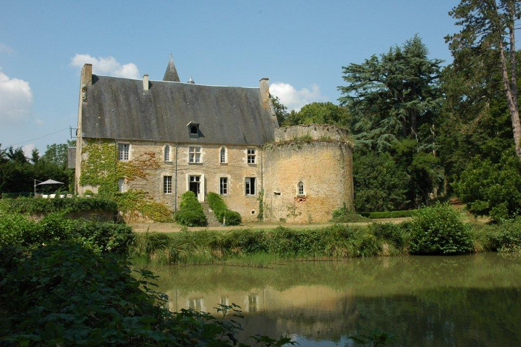chateau-de-vieux-moulin-58_b